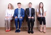 Geschäftsleute, die warten auf Job-interview — Stockfoto