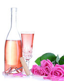 Composition with pink sparkle wine in glass, bottle and pink roses isolated on white — 图库照片