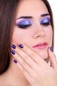 Beautiful young woman close up — Stockfoto