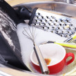 Foto Stock: Utensils soaking in kitchen sink