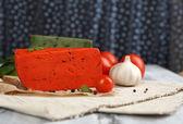 Pesto de queso italiano en mesa de madera — Foto de Stock