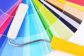 Paper palette with roller close up — Stock Photo