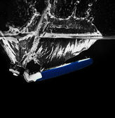 Men shaver in water close-up — Stock Photo