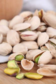 Pistachio nuts on table close up — Foto de Stock