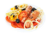 Grilled sausages with vegetables isolated on white — Stockfoto