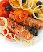 Grilled sausages with vegetables isolated on white — Foto Stock