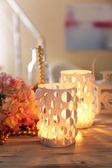Ev dekorasyonu, masa mum ışığı — Stok fotoğraf