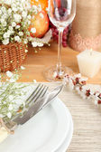 Table setting with spring flowers close up — Stock Photo