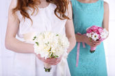 Woman hands holding beautiful wedding bouquet  — Stok fotoğraf