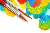 Resumo de tinta guache e pincéis, isolados no branco — Foto Stock
