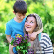 Happy mom and son in the park — Stock Photo #46462701