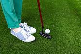 女性のゴルフ プレーヤー — ストック写真