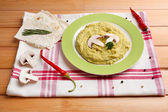 Bowl of tasty fresh hummus, close up — Stock Photo