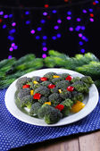 Christmas tree from broccoli on table on dark background — Foto de Stock