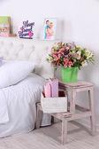 快適な柔らかいベッド ルーム — ストック写真