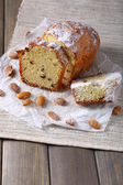 Tasty cake on table close-up — Stock fotografie