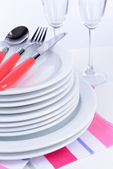 Set of white dishes close-up — Stock Photo