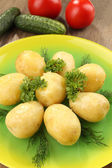 Young boiled potatoes on table, close up — Stockfoto