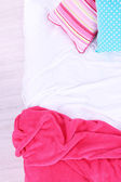 Unmade bed close up — Stockfoto