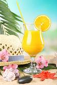 Refreshing orange cocktail on sand beach — Foto de Stock