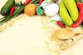 Concept de cuisson. épicerie sur table en bois — Photo