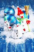 Beautiful snowmen and Christmas decor — Stock Photo