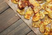 Homemade potato chips — Stock Photo