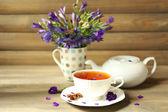 Tazza di tè alle erbe fresche — Foto Stock