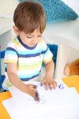 Sevimli küçük çocuk odası boyama — Stok fotoğraf