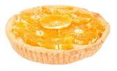 Hausgemachte Orangen Torte isoliert auf weiss — Stockfoto