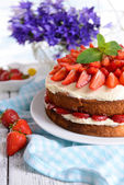 Delicious biscuit cake — Stock Photo