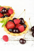 Tartlets with berries — Stock Photo