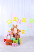 Birthday gifts in room — Stockfoto