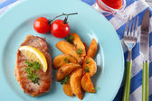 Grilled steak, grilled vegetables and fried potato — Stock Photo