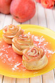 Puff pastry with apple shaped roses — Stock Photo