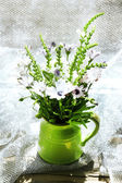 Beautiful flowers in home interior decoration — Stock Photo