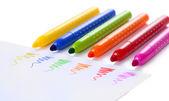 яркие маркеры, изолированные на белом фоне — Стоковое фото