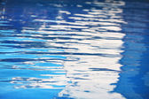 Blue water in pool — Stock Photo