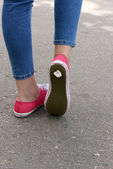 Foot stuck into chewing gum — Zdjęcie stockowe