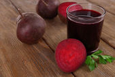 Glass of fresh beet juice — Stock Photo