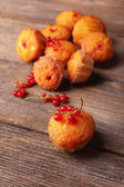 Tasty muffins with red currant — Stock Photo