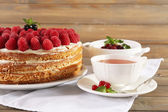 Tasty cake with fresh berries — Stock Photo