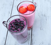 Delicious berry smoothie — Stock Photo