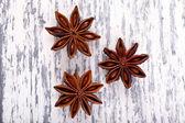 Anice sul tavolo di legno — Foto Stock
