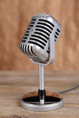 Ročník mikrofon — Stock fotografie