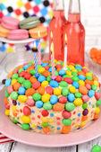 Delicious rainbow cake — Stock fotografie