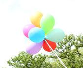 Balloons flying outdoors — ストック写真