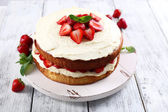 Biscuit cake with strawberries — Stock Photo