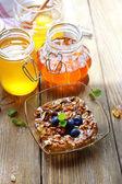 Fresh snack with honey — Stock Photo