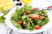Fresh salad with arugula — Stock Photo